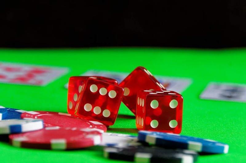Dice Gambling